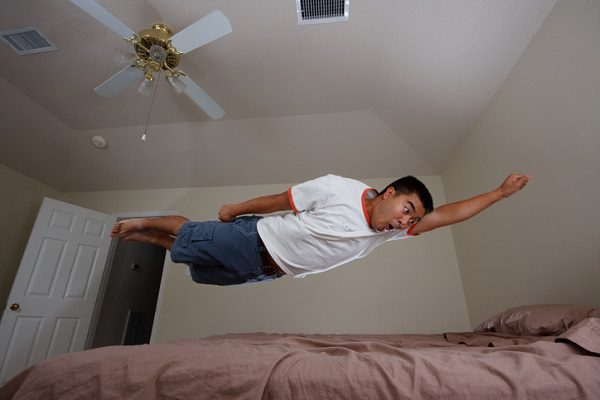 Which Way Should Ceiling Fans Turn to Stay Cool?